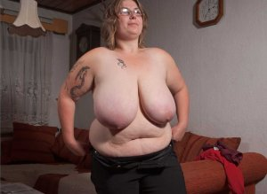 Ulrike hermaphrodite outcall escorts in Fort Madison, IA